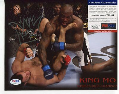 STRIKEFORCE  mma KING MO autograph HAND SIGNED with PSA DNA  COA 147