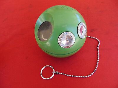 Vintage PANASONIC Panapet Model R-70 Green Portable AM Radio Retro Space Age (1)