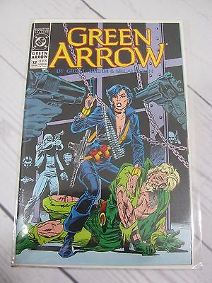 DC  GREEN ARROW (1988) 32 Bagged and Boarded - C514