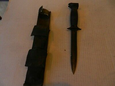 Vtg Imperial M-7S US Military Survival Commando Fighting Knife / Saw Blade