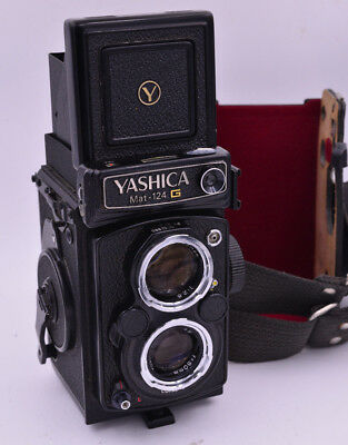 Yashica Mat 124G - With Lens Cap and Half Case