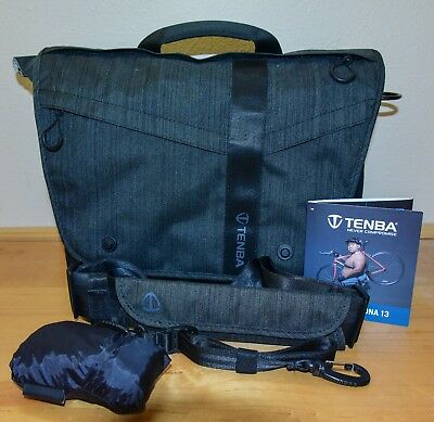 Tenba Messenger DNA 13 Shoulder Bag (COBALT) > Access to your gear fast!