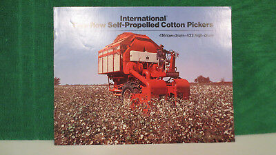 IHC Cotton Picker brochure on Models 416 and 422 from 1973, rare and very good.