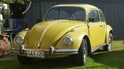 1975 VW Beetle 1300 Sedan