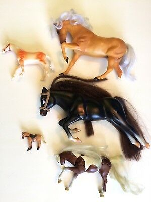 Horses Mixed Lot of 6 Different Sizes
