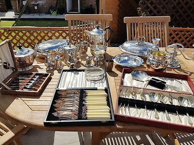 a job lot of 22 vintage silver plated items.8 kgs in weight.