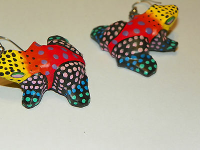 VTG RAINBOW COLORED HAND PAINTED WOODEN poka dot Frog PIERCED drop EARRINGS