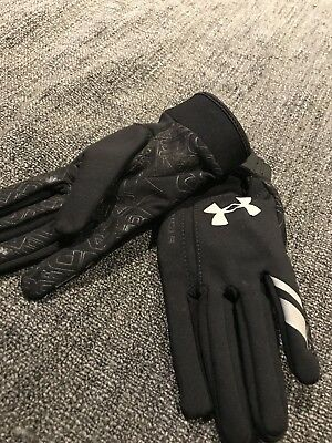 Under Armour Youth Rubber Grip Storm Tight Gloves Stretch One Size Fits All