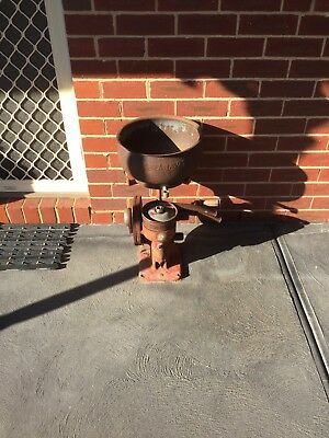 Vintage Cast Iron Milk Separator In Great Original Condition