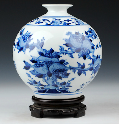 Superb Chinese Blue And White Porcelain Hand Painted Fruit Vase
