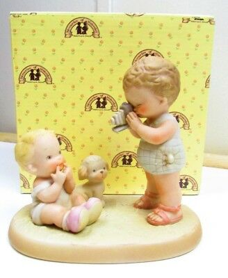 """1989 Enesco  Memories of Yesterday """"Hold it! Your Just Swell""""  Figurine"""