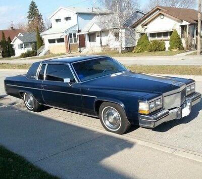 Cadillac: DeVille Coupe Beautiful 1983 Cadillac Coupe DeVille
