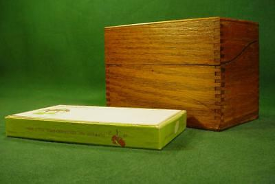 Nice Vintage Oak Dovetail Corners Box 3X5 Recipe File With Cards