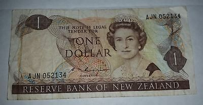 NZ New Zealand old paper $1 Dollar banknote Russell