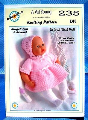 """1 X DOLLS KNITTING PATTERN  No 262 by Val Young17/""""-19/"""" doll or sim"""