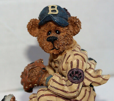 "Boyds Bears & Friends BearStone Collection ""The Wind Up"" BASEBALL McBruin 227732"