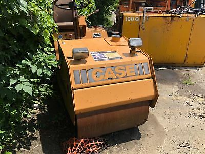 Case W110 Smooth Drum Roller