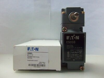 CUTLER HAMMER LIMIT SWITCH E50SB with OPERATOR HEAD E50DR1