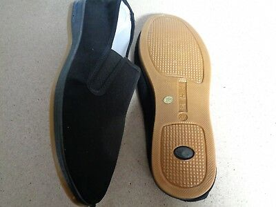 Kung Fu Slippers Black