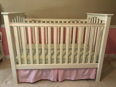 Pottery Barn Kids Kendall Low Profile Baby Crib in Simply White