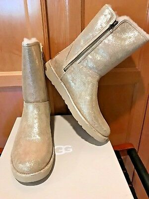 46394e628ea NEW UGG ABREE Short Ii Stardust Gold Suede Shearling Zip Women`s Boots Size  Us 7