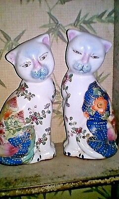 Vintage ANTIQUE CHINESE CATS Pair HAND PAINTED FAMILLE ROSE Peach REPUBLIC OLD
