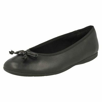 Junior Girls Clarks Jesse Shine Black Leather Slip On Casual School Shoes Pumps