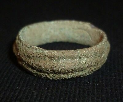 CELTIC Ancient Bronze RING - Circa 100 BC                                   /283