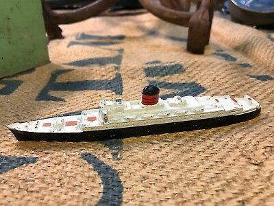 Vintage English Die Cast RMS Carinthia Cruise Liner Model Ship