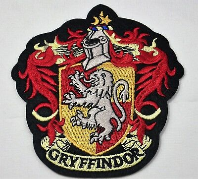 GRYFFINDOR HARRY POTTER HOGWART CREST EMBROIDERED SEW or IRON ON BADGE PATCH