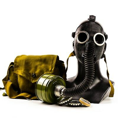 Soviet RUSSIAN USSR GAS MASK PDF-7. BLACK HOSE chemical nuclear protection NEW