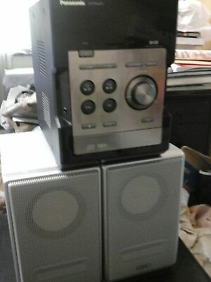 Panasonic SA-PM46DB CD Hi-Fi Stereo System with Phillips metal Cover speakers
