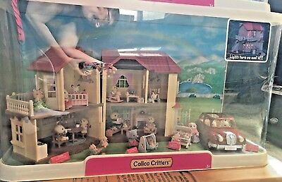 Calico Critters Store Display w/ Car - Toy R Us