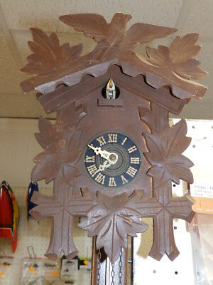 Small Cuckoo Clock 1950 - 1970 With One Weight For A Restauration
