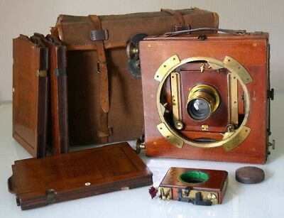 J.LIZARS ' CHALLENGE' 1/2 Plate MAHOGANY FIELD CAMERA OUTFIT in CANVAS CASE 1900