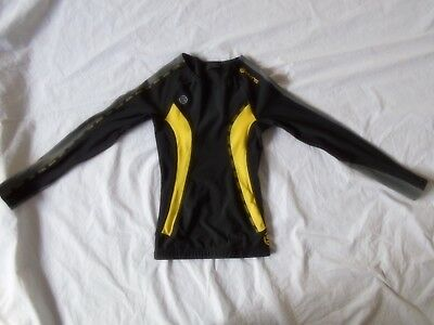 Skins Youth Size Small 5-6 Black Compression Long Sleeved Top