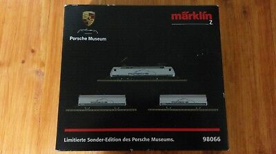 Marklin Märklin Mini-club Spur Z Gauge Porsche Museum 98066 battery starter set