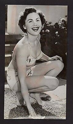 Press Photograph 1951 Celebrity Radio Star Carol Brewster  *8629