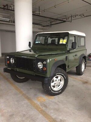 1993 Land Rover Defender D90 1993 Land Rover Defender 90 - 200TDI - Left Hand Drive (LHD)
