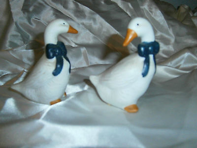 L@@K Set Of Two Greese Figurines  White Big Blue Ribbons On Neck Taiwan Cute