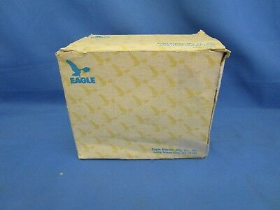 EAGLE 15 AMP 125-Volt AC E-Z WIRE GROUNDING DUPLEX RECEPTACLES  IVORY BOX OF 9