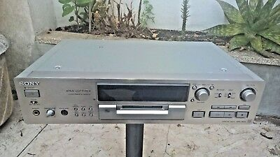Sony MDS-JB930 QS Mini Disc player Recorder