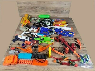 Huge Nerf Gun Darts Clips and accessories 22 Piece  Lot!!