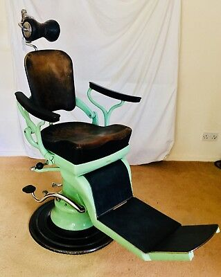 1950s 1960s DENTAL CHAIR from a Lincoln practice in beautiful condition.