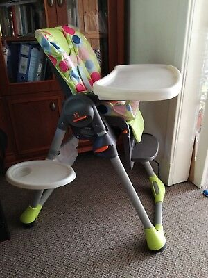 Chicco Polly highchair, adjustable height, good condition with trays