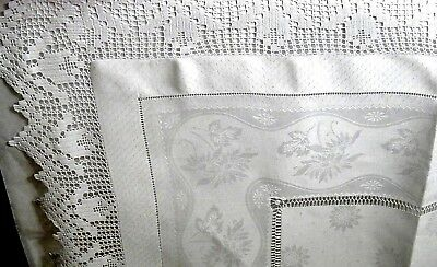 "Victorian Tulip Lace & Daisies Damask Linen Teacloth, 39"" - Elegant Hand Work"
