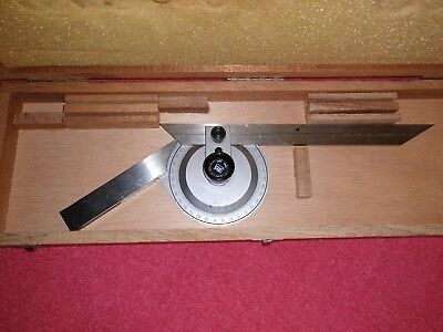 """Brown & Sharpe 490  Protractor  With 8"""" Blade Wood Case"""
