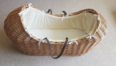 Mothercare Snug Moses Basket with Mattress and Coverlet