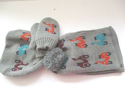 M & S Kids Boys Grey Mix Patterned  Bobble Hat /scarf & Mittens Age 3-6 Years