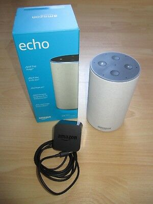 Amazon Echo (2. Generation) Alexa Smart Assistant - Sandstein Stoff Lautsprecher